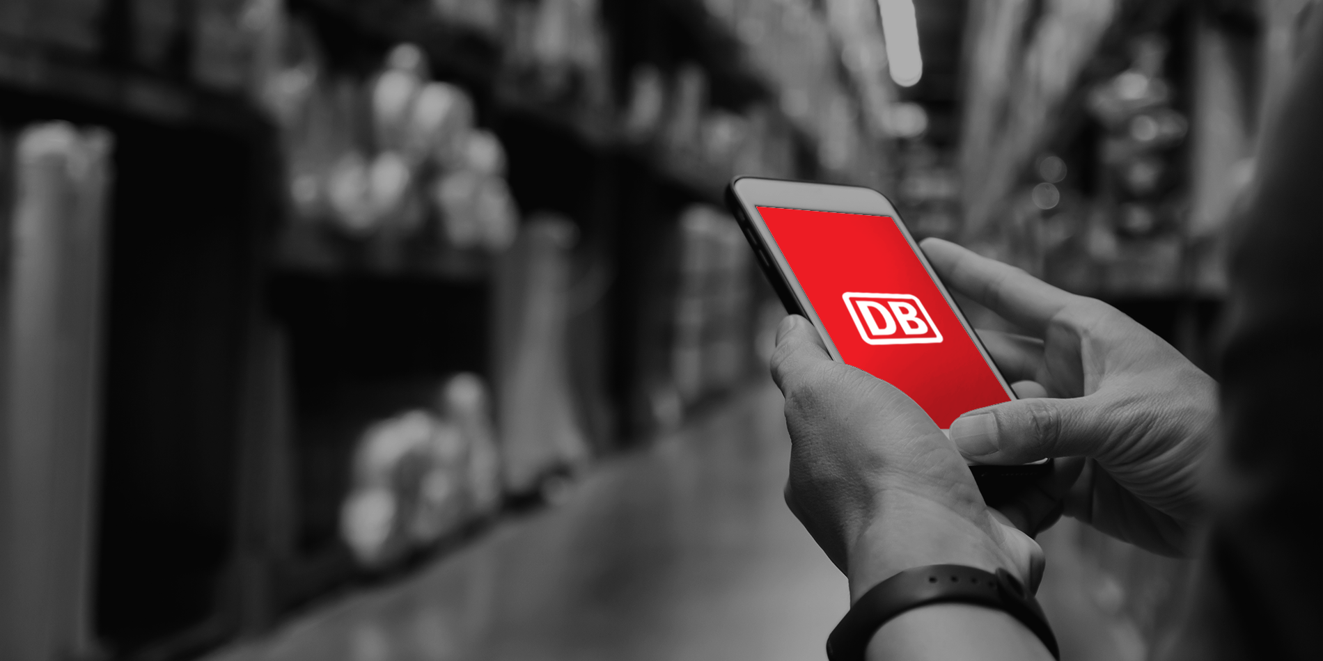 DB-Cargo-Page_Phone_Image-Recovered